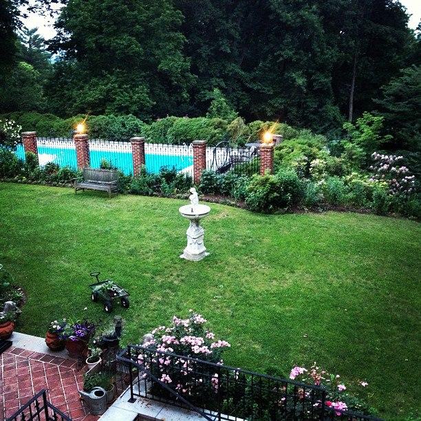 gramercy hotel garden